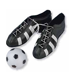 Fußballschuhe mit Ball