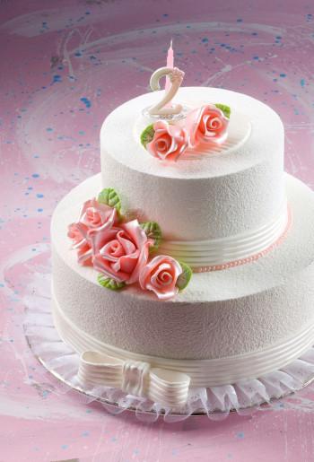Rosen mit Blättern aus modellierbarer Zuckermasse, Perlmutt-Effekt, klein, lila