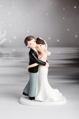 Romantisches Brautpaar, umarmend, Polystone, 17,5cm, 6 Stück