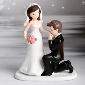 Brautpaar Handkuss, Polystone, 16,5cm, 6 Stück