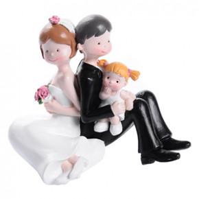Brautpaar mit kleinem Mädchen, Polystone, 4 Stück