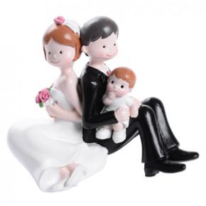 Brautpaar mit kleinem Jungen, Polystone, 4 Stück