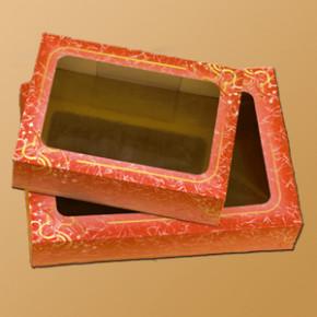 Tortenkarton mit Klarsichtfenster, in der Höhe 3-fach verstellba